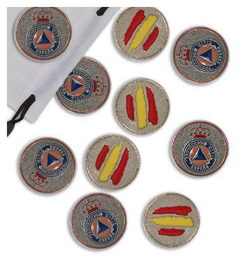 20 amarracos con el emblema de Protección Civil España esmaltados a todo color.
